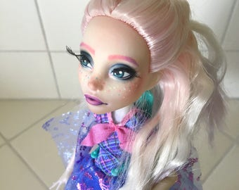 Monster high repaint: rainbow ombre girl
