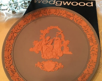 Wedgwood Blue with Pink Valentines Day Plate Lovers 1987 Made in England