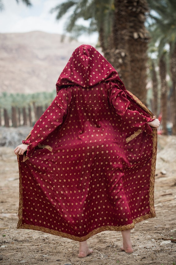 Cloak Hooded Red Hooded Cloak women's Red women's Majestic Majestic Red vIxUq