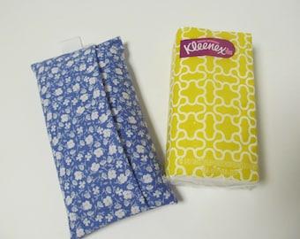 Tissue Case/Tiny Blue Flower