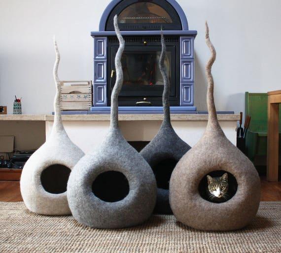 Lit pour chat niche pour chats chat grotte feutre maison - Griffoir chat fait maison ...