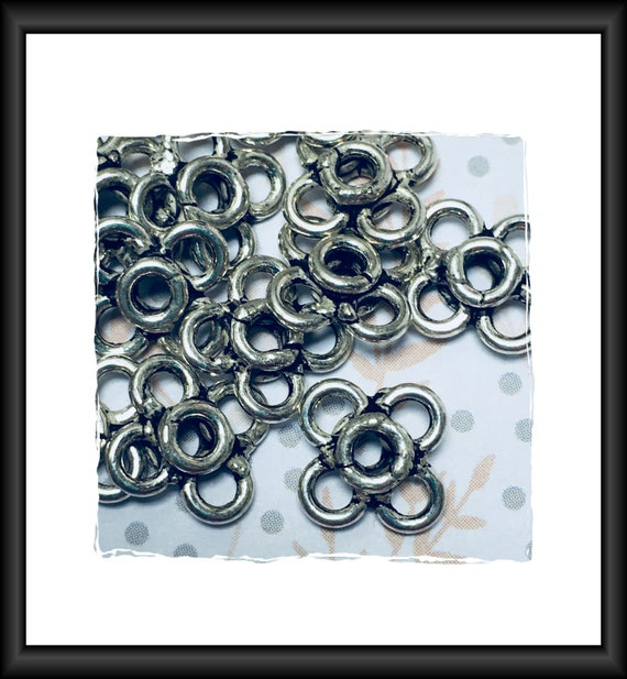 Antique Silver Flower Links 10 x 10 mm - 9 Links