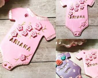 The Ariana Onesie baby shower gift/ favor. Recuerdo para Baby shower