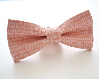 Mens Bowtie in Dusty Rose, Mens Blush Bow tie, Groomsmen Bow Tie, Pink Bow Tie, Rose Quartz Bow Tie