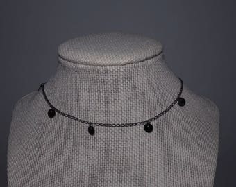 Coin dangle choker in gunmetal