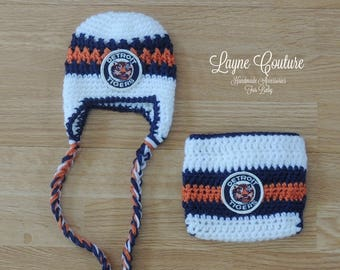 Handmade Newborn Detroit Tigers Inspired Earflap Hat with 1960 Vintage Patch and Matching Diaper Cover / MLB Baby