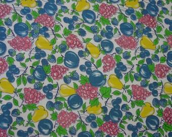 "Pretty Vintage Feedsack, Feed Sack Full 36 x 39"" Colorful Fruit Design"