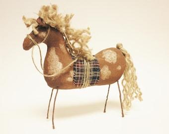Primitive Paint Horse, Country Farmhouse Decor, Primitive Animals,
