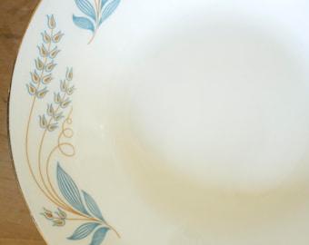Vintage 1940's/50's Homer Laughlin Eggshell Nautilus Blue Floral Gold Trim Plates + Bowls Set 23pc