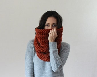 End of season SALE Large Chunky Cowl Thermal Textured Scarf Shawl Hood // The Chartres - SPICE