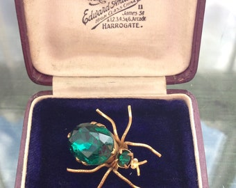 Vintage Art Deco 1930's Emerald Green Czech Glass Bug Spider Gold Gilt Brooch