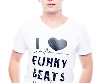 I <3 Funky Beats - V-Neck