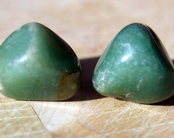 Knobs, Stone Knobs, Cabinet Knobs, Cabinet Knobs - Green Aventurine  - Set of 2, Stone Cabinet Knobs, Kitchen Knobs and Pulls