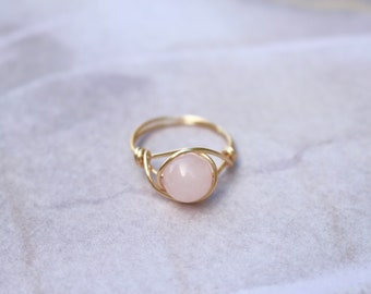 Rose quartz ring, wire ring, wire wrapped ring, gemstone wire ring, rose quartz wire ring, custom wire ring, pink stone ring, gold wire ring
