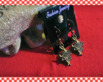A pair of earrings cute rabbit from alice color bronze