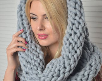 Merino wool Snood , Chunky Snood, Winter Snood, chunky knit scarf , Chunky cowl, Chunky knit hat, Super chunky hat, Hat, Snood, Hooded scarf