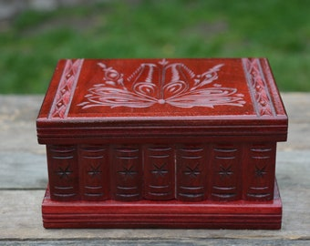 Mothers Day Gift from Daughter, Mom gift, Wood jewelry box - Wooden keepsake box - Secret box - Hand carved box - Mystery box - Personalized