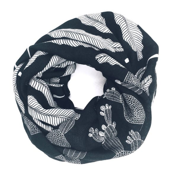 Double-face customizable infinity scarf black and white, cactus and feather original graphic, wool viscose