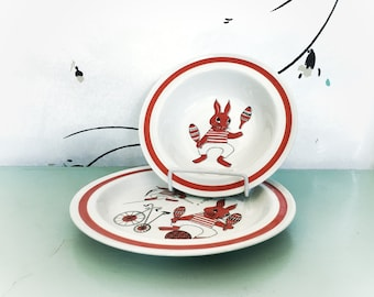 Arabia Finland Set Red Bunny Rabbit Bowl and Plate Dish Child's Serving Pieces Vintage Easter