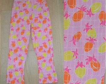 Vintage Lilly Pulitzer Pineapple Print Capri Pants - Pink, Orange, Yellow Tropical Print - XS Size 0 - Palm Beach Crop Pant