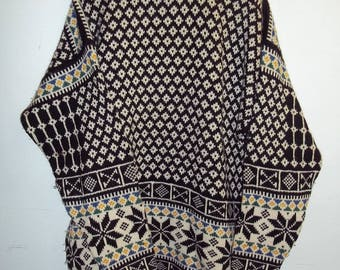 Vintage Dale of Norway Sweater   Norwegian Sweater   XLarge  Excellent Condition
