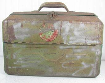 Vintage metal tackle box, Green metal box, Fishing box, Tackle Box, Eagle Tackle Box