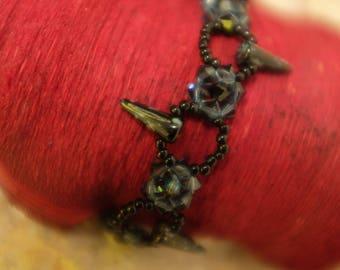 grey blue bracelet with toe grafite