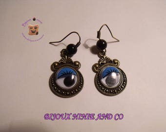 Handcrafted bronze removable blue eye earrings
