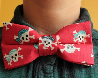 Red Pirate Skull and Crossbones Bowtie / bow tie - fun, Pirates