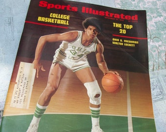 Sport Illustrated Magazine November 27, 1972 - Features Walter Luckett on Cover