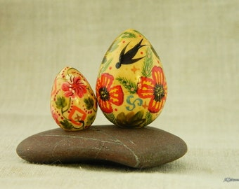 Easter decorations  Painted Easter eggs Hand painted wood eggs Easter decor Decorating Easter eggs Coloring Easter eggs Petrykivka Set of 2