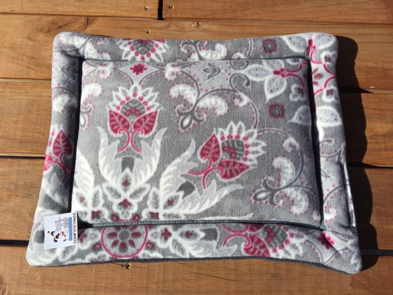 Small Dog Bed, Medallion Flower Pet Bed, Beds for Cats, Floral Pet Bed, Dog Crate Pad, Dog Bed, Puppy Bedding, Cat Bedding, Kennel Pad