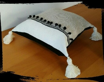 Ethnic Cushion cover