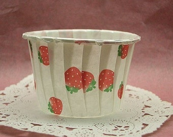 Cute Strawberries 1 3/4 inch cupcake cups (set of 25)