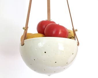 Hanging Fruit Bowl in Ceramic and Recycled Leather