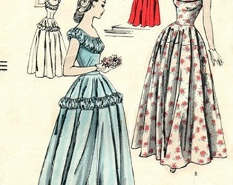 Vogue 3156 Dazzling Dress with Very Full Skirt 1949 / SZ11 COMPLETE