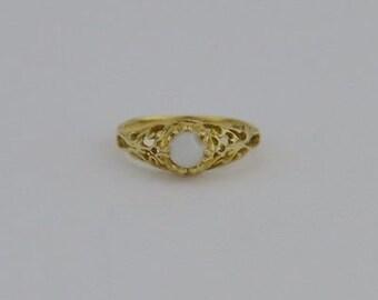14k Yellow Gold Estate Filigree Opal Ring Size 5.25