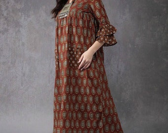 Maroon and grey printed A-line pleated kurta.