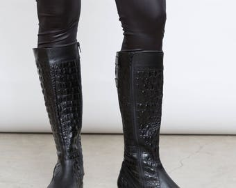 Vintage Crocodile Pattern Black Boots, EU 37, UK 4, US 6.5, Tall Black Leather Shoes, Small Heel Boots, Riding Shoes