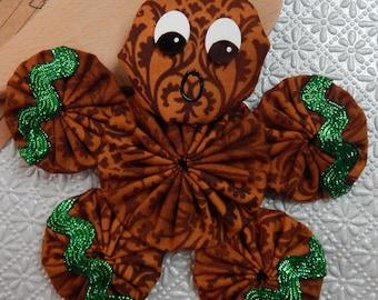 Gingerbread Yo Yo  Ornament with Metallic Green Ric Rac - Gingerbread Cookie GB47