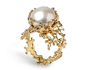 CORAL White Pearl Ring, Gold Pearl Engagement Ring, 14k Gold Engagement Ring, Gold Pearl Ring, Gold Organic Ring