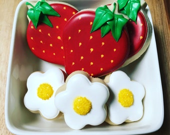 One Set of Strawberry and Flower Sugar Cookies