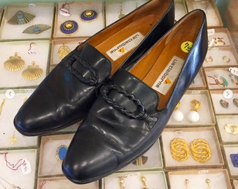 Vintage 80s Black leather Loafers by Liz Claiborne  Size 7 1/2  (may also fit size 7 )