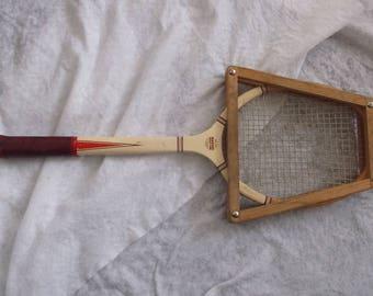Vintage Magnan Aristocrat 27 inch Wooden Tennis Racket In Excellent Condition