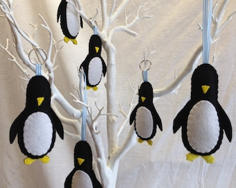Hanging Decorations - Felt Penguin - Wool Felt - Pingu - Decoration - Winter