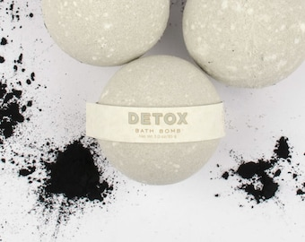Detox Bath Bomb - Dead Sea Clay Bath Bomb - Tea Tree Essential Oil - All Natural Bath Bomb
