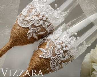Rustic chic wedding Wedding toasting glasses Сhampagne flutes rustic Rustic wedding flutes Wedding champagne toasting flutes