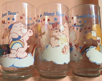 1984 Care Bears drinking glasses - vintage glass tumblers - Canada Canadian French writing - American Greetings Corp.