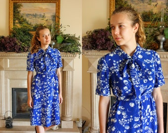 40's Soviet Silk Dress / LILY of The VALLEY Blue Printed Silk Dress / Gorgeous USSR Vintage Shift Tea Dress: Pussy Bow Collar, Belted - S-M