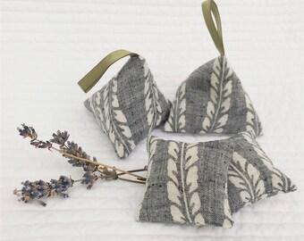 Kimono lavender sachet set, lavender pyramids, lavender pillows, lavender gift, vintage fabric, Japanese gift, housewarming gift